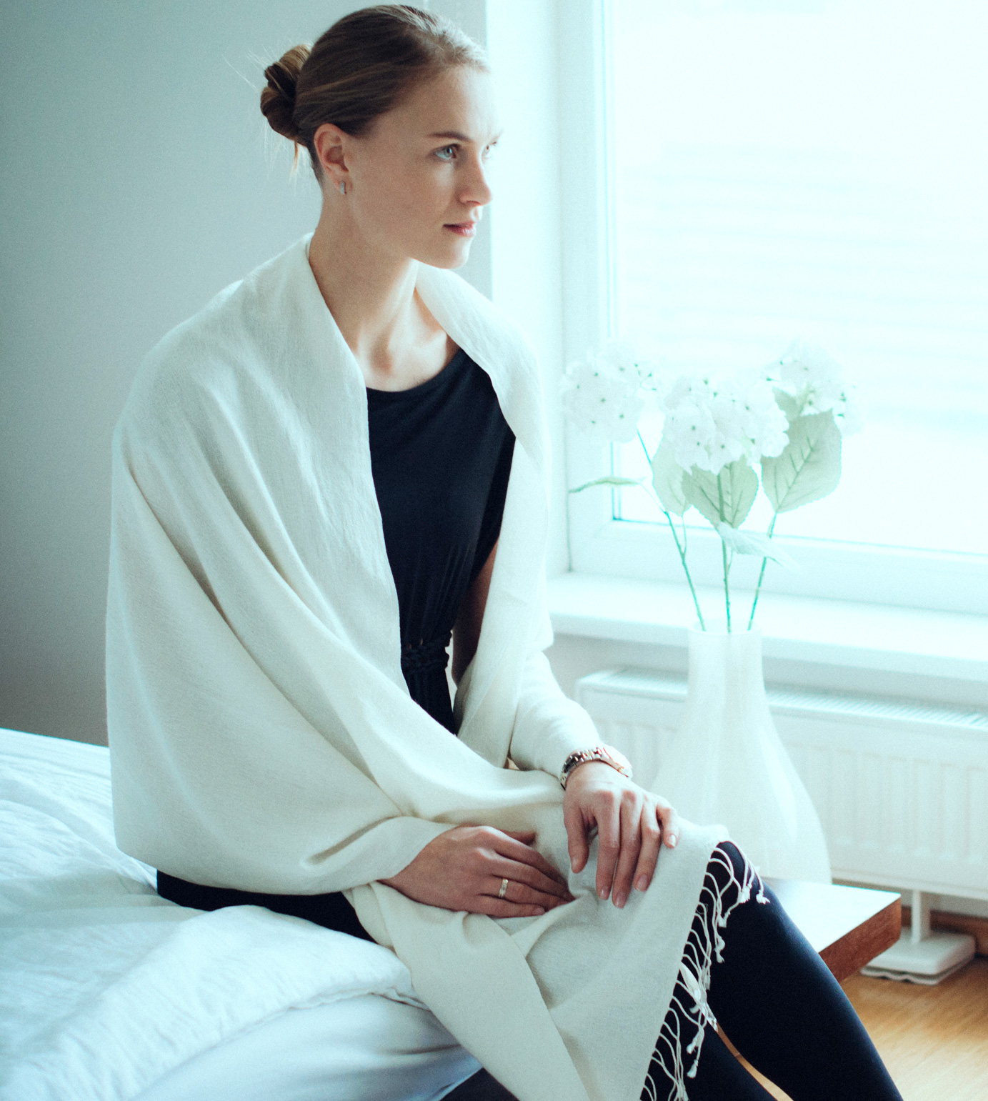 Pashmina Ring Shawl - 90x200cm - 100% Cashmere - Winter White