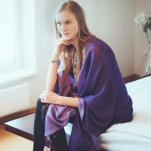Reversible Pashmina Stole - 70x200cm - 8020 - Woodbine and Grape Leaf